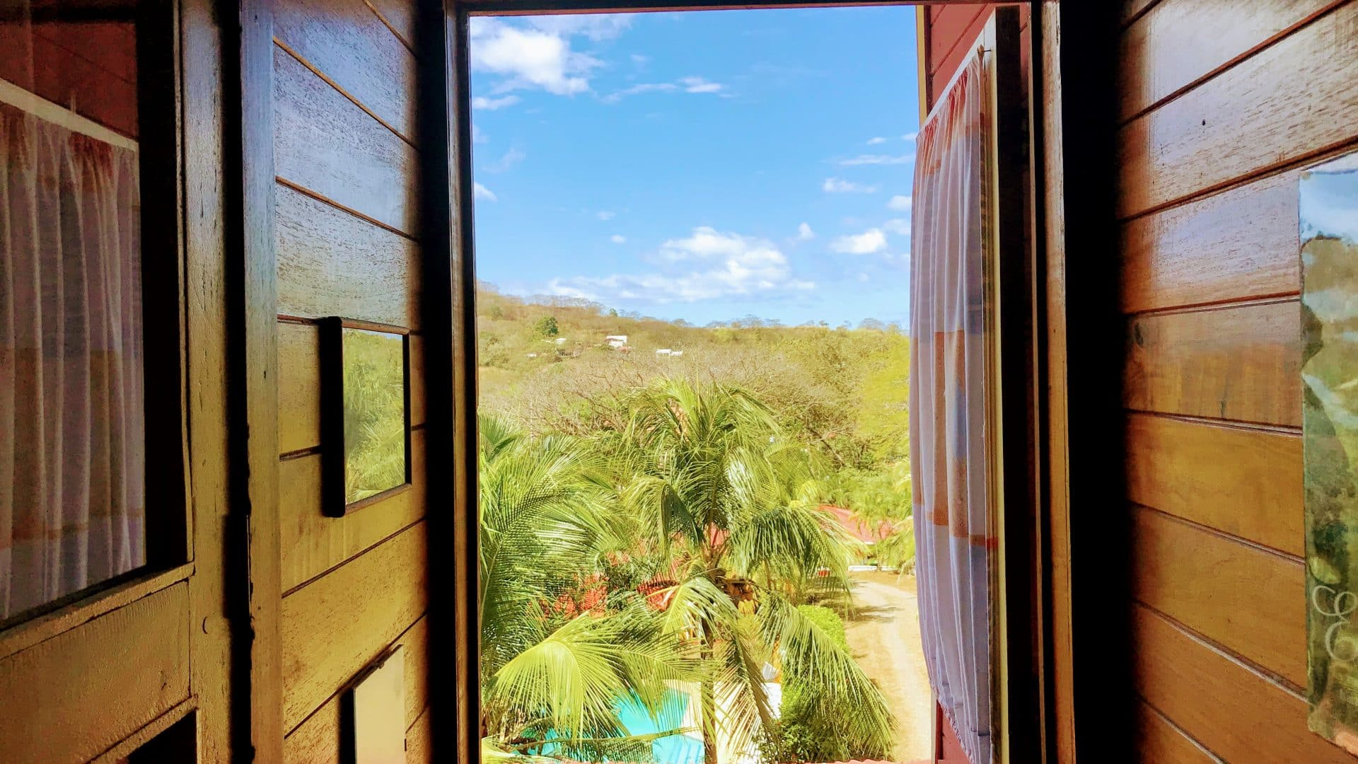 2 Houses and 4 guest Studios 6 min from Tamarindo Beach