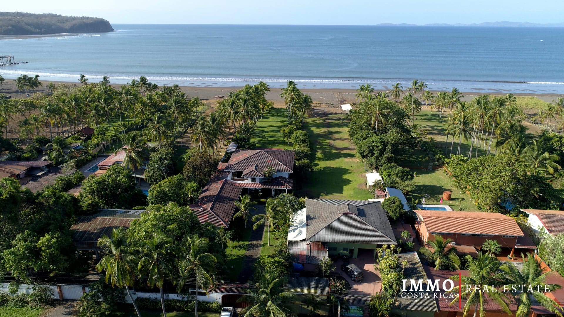 New Price! Titled Property 6 BRs Villa on the Beach in the Nicoya's Gulf