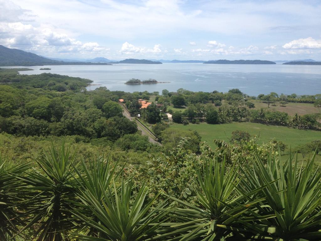 Lujosa propiedad de 21 hectáreas frente al Golfo de Nicoya con una casa de 1000M2