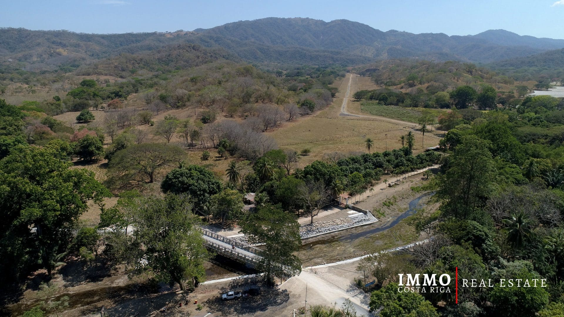 Extraordinaire Ranch de Front de Mer de 432 hectares