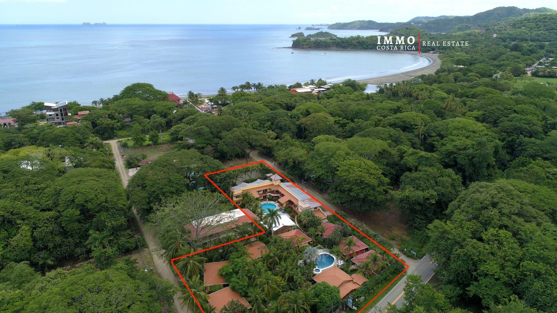 Hotel à Playa Potrero, 20 chambres et 8 Villas à 100 m de la Mer.