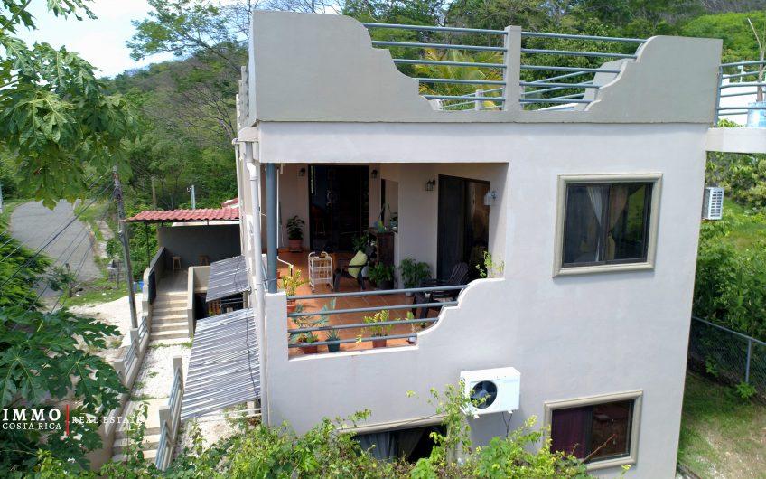 Bien construido 3 unidades de alquiler flexibles a solo 3 minutos de la playa de Tamarindo