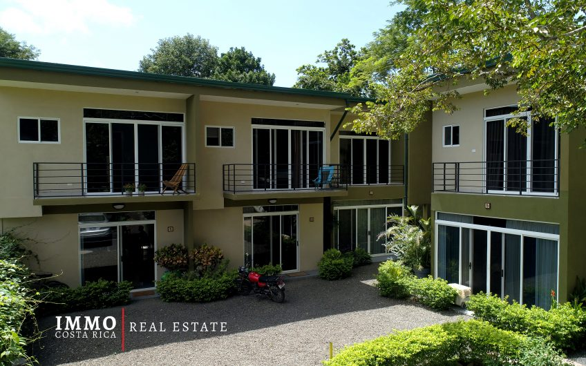 Great income producer: 7 Townhouses Property 12 min close to Tamarindo Beach
