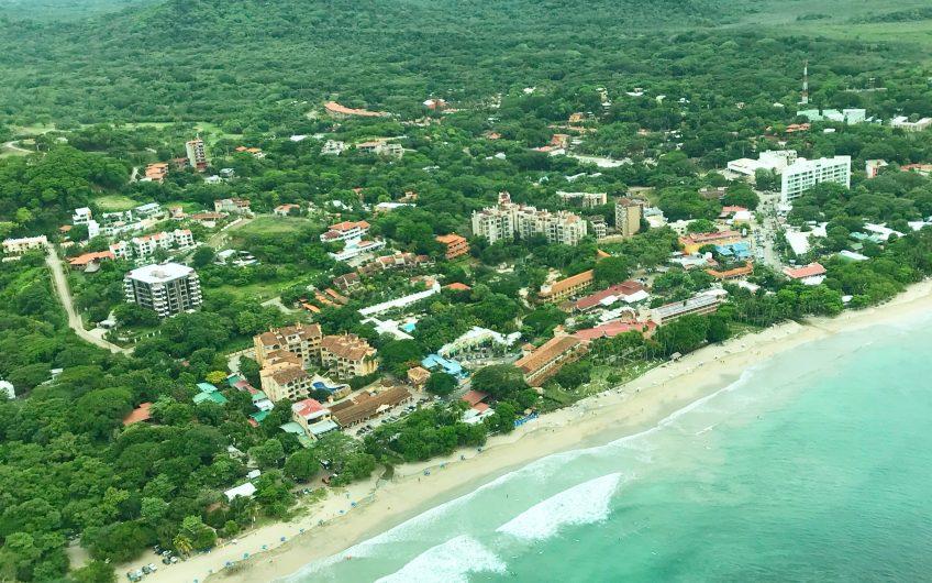 Unico en Playa Tamarindo Centro: condos de 1,2 y 3 dormitorios, 3 min de la Playa