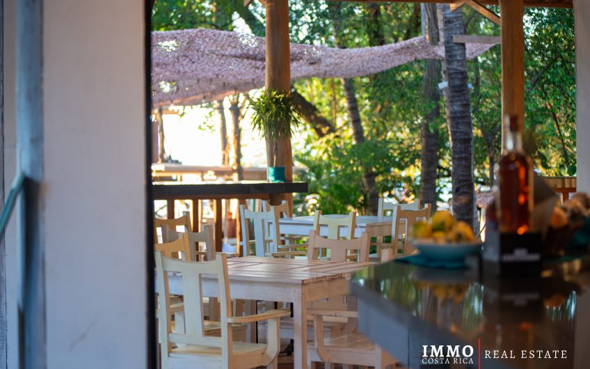 Restaurante/Bar en Playa Tamarindo:Ingresos Garantizados!